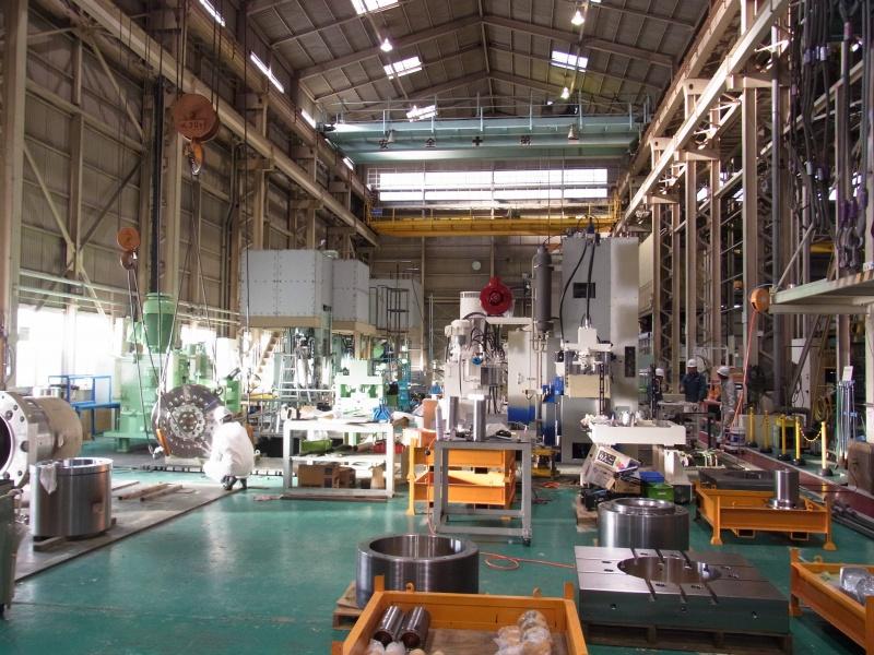 工場の作業風景