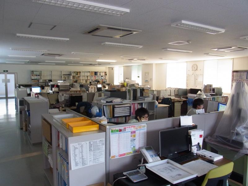 事務所の作業風景